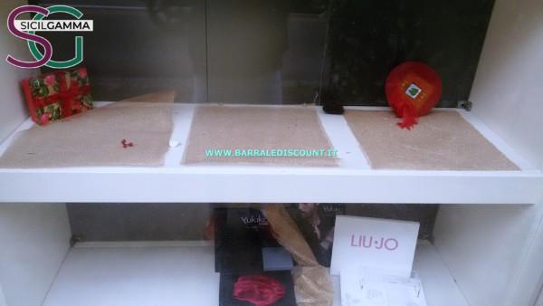 vetrina negozio usata