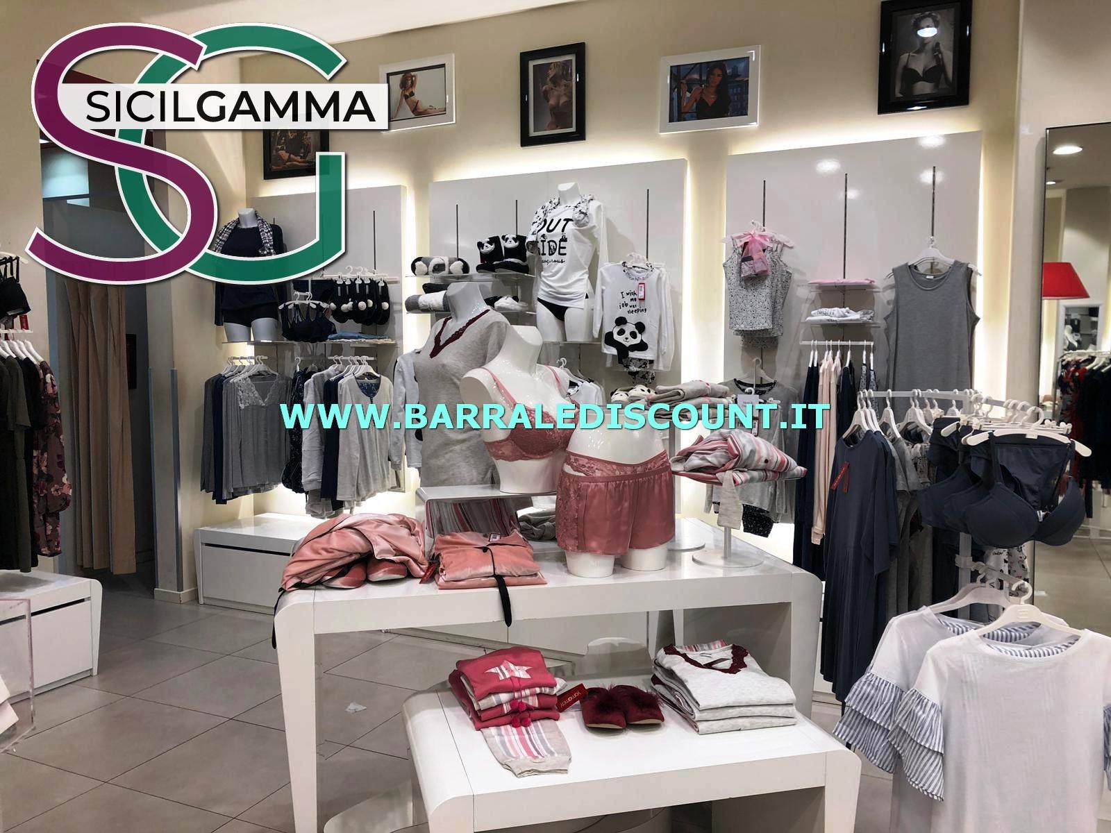 Arredo abbigliamento yamamay 3560 barrale discount for Stock arredo ufficio