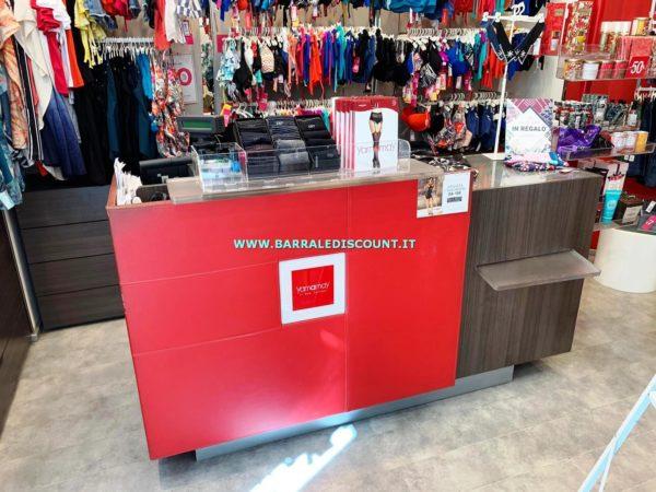 Banco cassa accessoriato misura 200 x 90 x 60 cm € 400,00